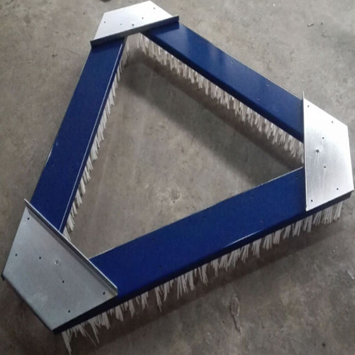 artificial turf brusher